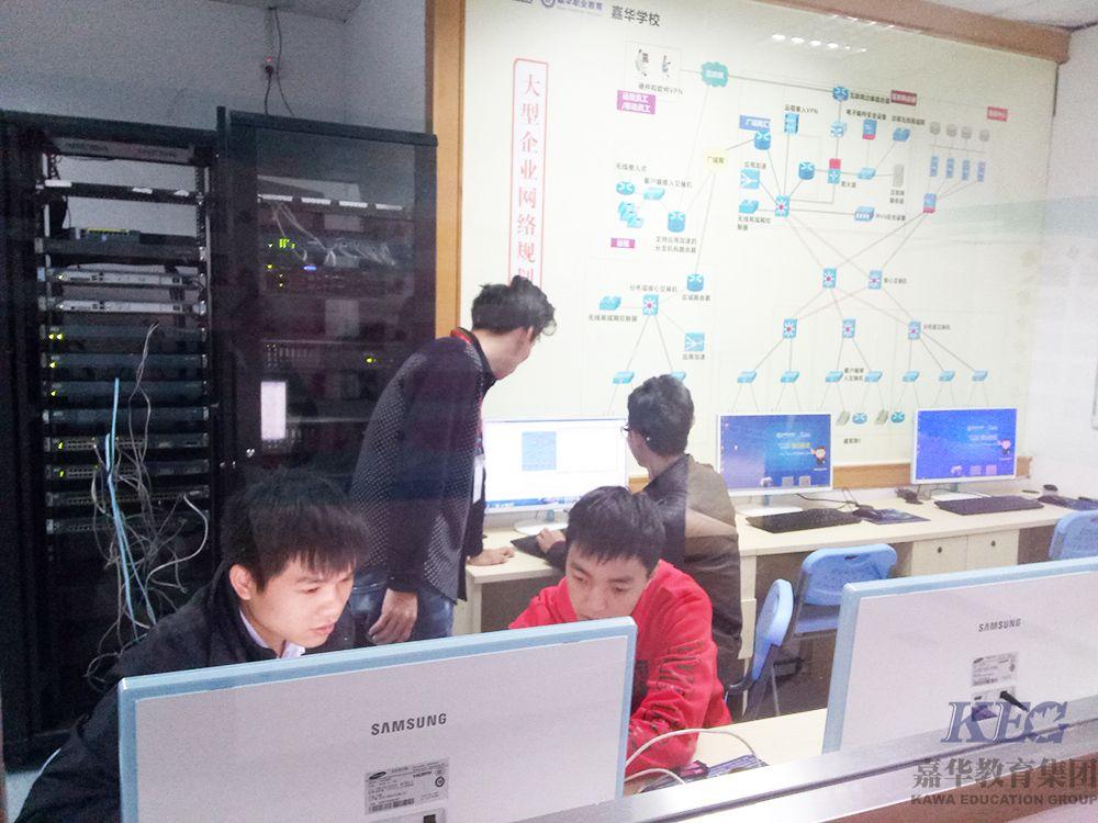深圳嘉华学校网络工程T122班企业网络项目实训