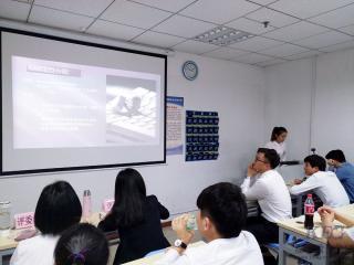 信狮教育T124班举行毕业设计项目答辩赛
