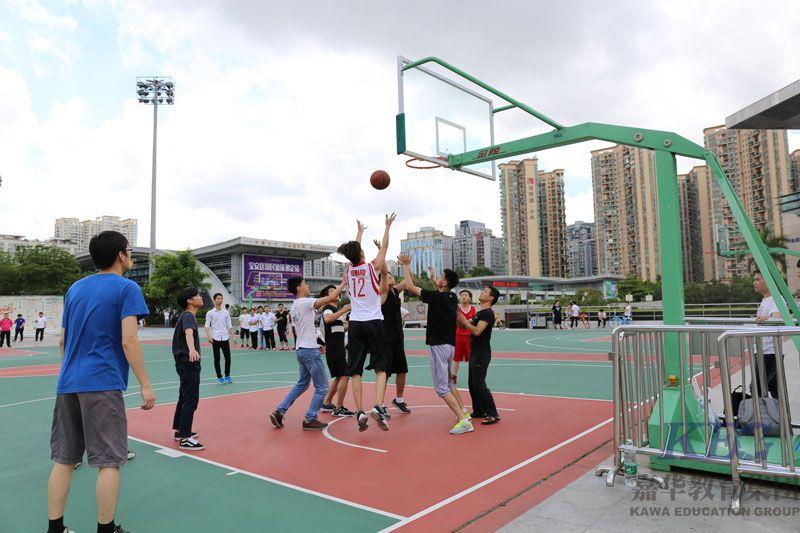 北大青鸟深圳嘉华学校第二届校园篮球赛火热进行中