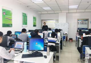 祝贺东莞北大青鸟网络工程专业S2T121班学员迈入新学期