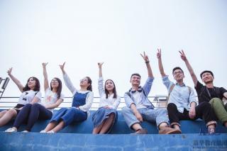 北大青鸟深圳嘉华学校:2018女生学IT技术薪资高