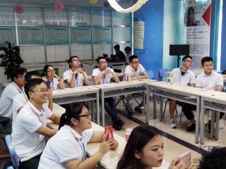 深圳嘉华学校前端开发T24班网页知识竞赛激烈开战