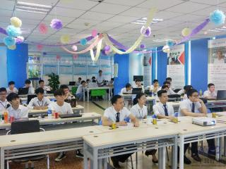 深圳嘉华学校软件开发T77班S1项目答辩顺利开展