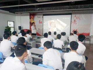 深圳嘉华学校软件开发专业T197班举办PPT技能比赛