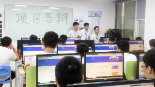 深圳嘉华学校JT84班:用精彩的毕业项目答辩画上句号