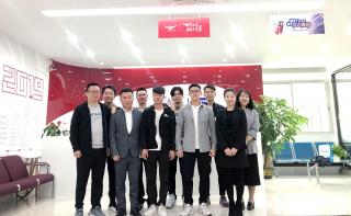 网络工程专业学长回校与深圳嘉华学习共享就业经验