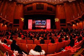 北大青鸟职业教育二十周年庆,深圳信狮斩获两项殊荣