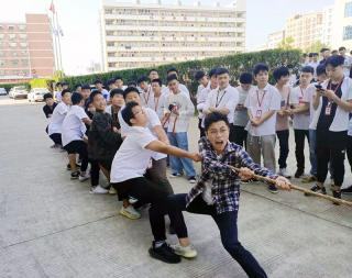 深圳北大青鸟:孩子中考后如何选学校?