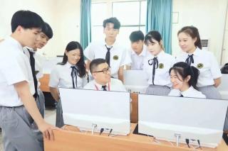 深圳北大青鸟告诉你:女生学什么技术好?